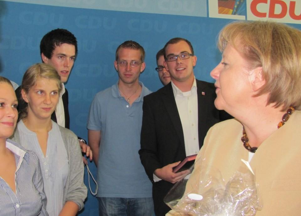 Kanzlerin Merkel, Felix Wohlfahrt und Michael Ruhl im Jahre 2010 beim Zusammntreffen in Berlin